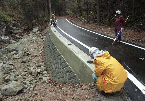 林道施設災害復旧事業の写真