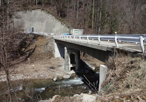 橋梁点検・修繕の写真
